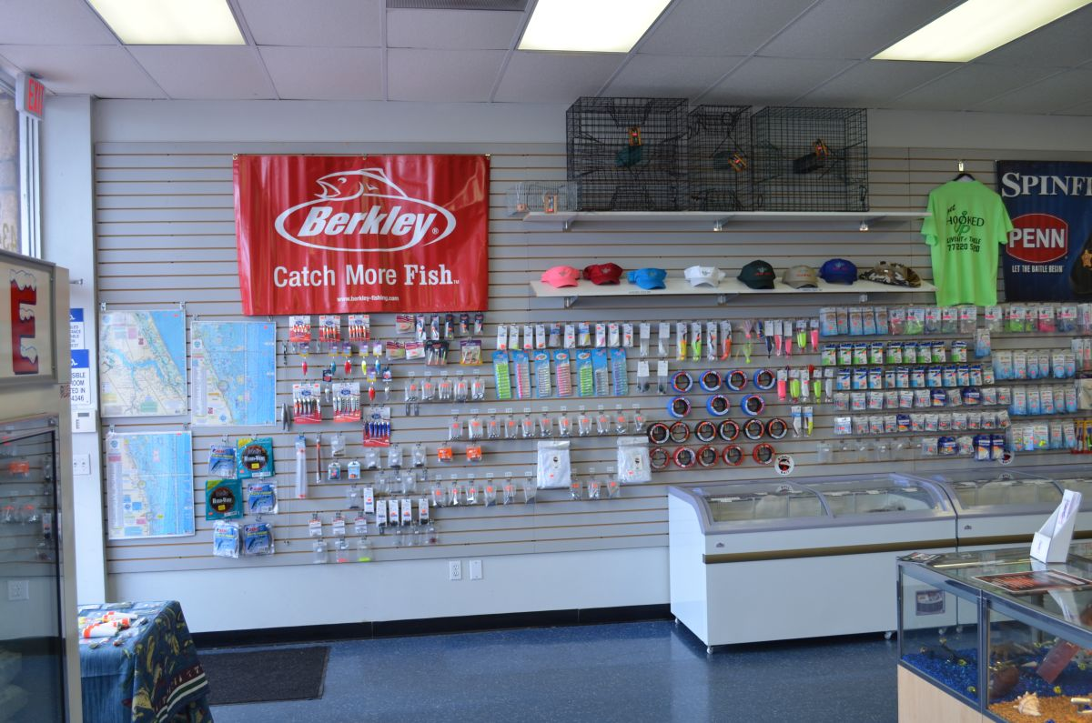 Hooked up live bait tackle shop stuart location for Fishing tackle retailer
