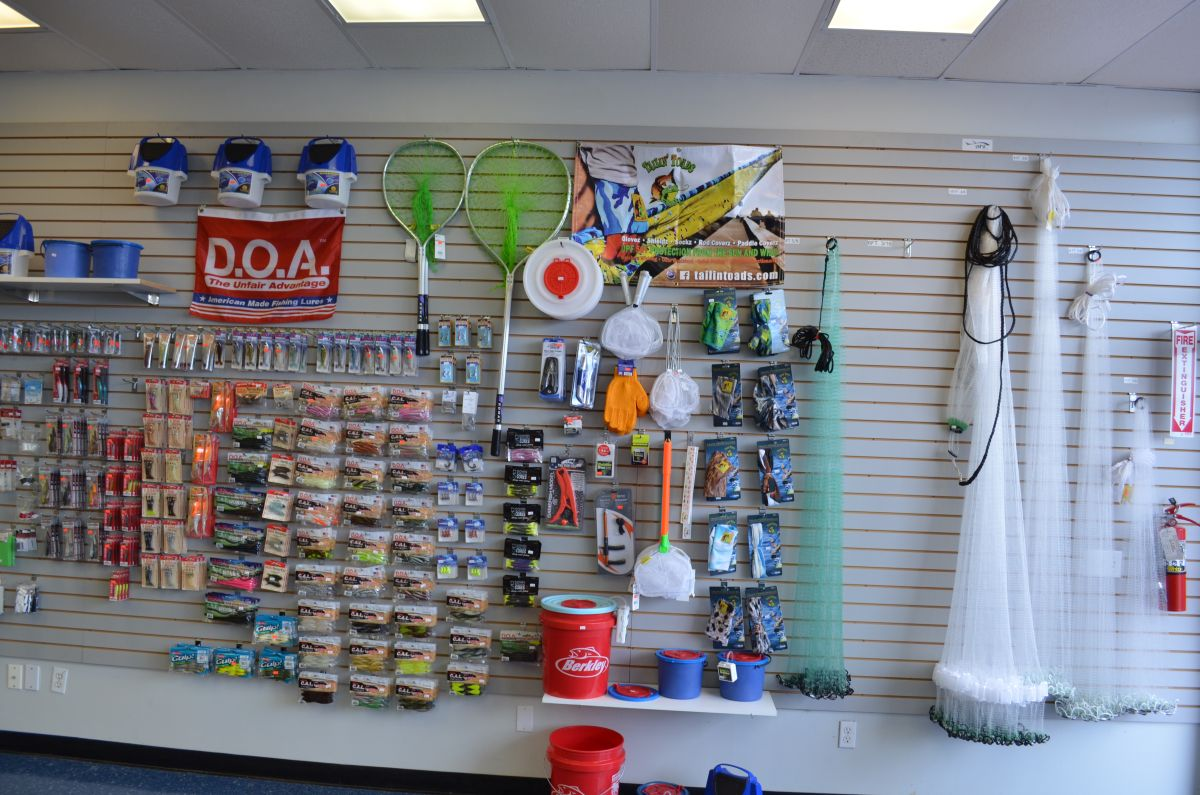 Fishing tackle shops near me for Live fishing bait near me